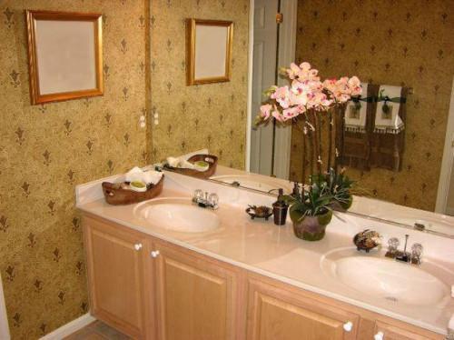 Udsmykning idéer til små badeværelser