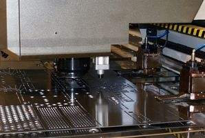 Multi-purpose fræsning & tømrerarbejde maskiner