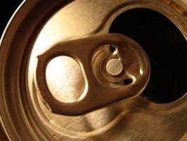 Hvordan man laver lamper med en aluminium kan basere