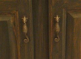 Hvordan man vælger badeværelse kabinet knapper og håndtag