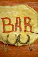 Hvordan man opbygger en land-tema Bar for en kælder