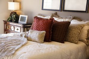 Hvordan man kan dekorere en Chic soveværelse