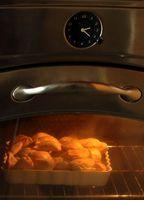 Hvordan at rengøre en glasdør på en Toastmaskine