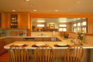 Hvordan man kan sikre en køkkenø til Tile gulvbelægning