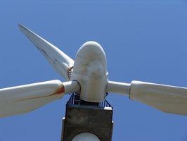 Sådan tilføjes en vindmølle-Generator til et hus
