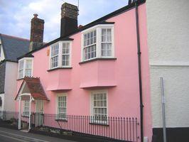 Sådan Paint forsiden af dit hus en anden farve?