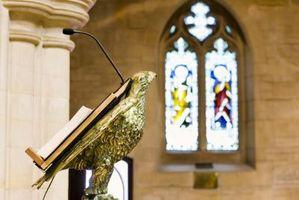 Hvordan til at konstruere en prædikestol for en kirke
