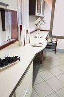 Sådan installeres bordplader til nye køkkenskabe
