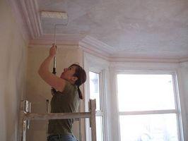 Hvordan man kan male et gips loft