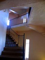 Hvordan du ændrer tæppe på trappen til træ