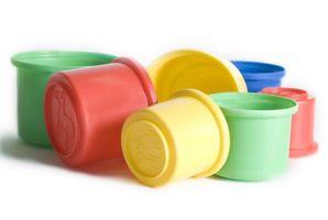Hvordan man bruger plastbeholdere til oplagring