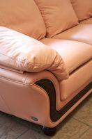 Hvordan kan jeg fjerne ridser fra en lædersofa?