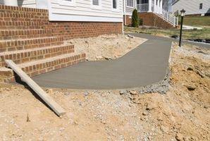 Hvordan til at beregne vægten af en betonplade i Pounds Per fod