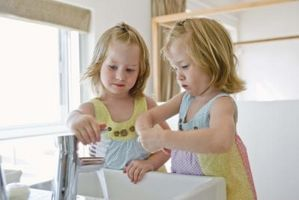 Little Girls' badeværelse udsmykning idéer