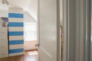 Farverige & lyse Teen stribet soveværelse idéer