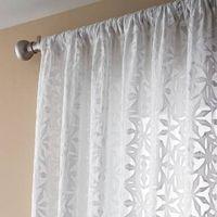 Sådan Decorate med lutter gardiner