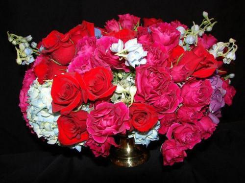 Blomst arrangere en trinvis