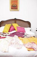 Hvordan at tilføje farve til et soveværelse uden maleri