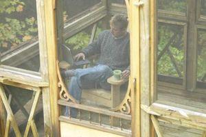 Hvordan til at lukke i en veranda med en skærm
