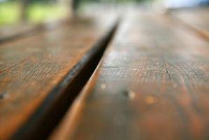 Hvordan du kan reparere ridser på din træ bord