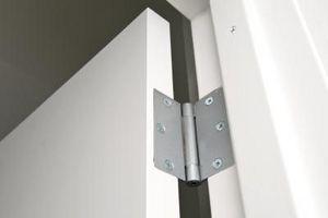 Hvad slags skruer er for dørhængsler?