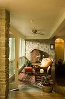 Hvordan til at renovere en mursten Ranch hus