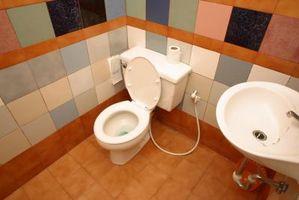 Hvordan at tilføje en badeværelse & installere et Toilet