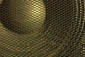 Hænge op højttalere uden at bore huller