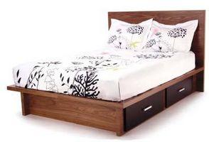 Hvordan man opbygger en seng med skuffer