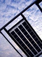 Hvordan at tilføje solpaneler til dit hjem