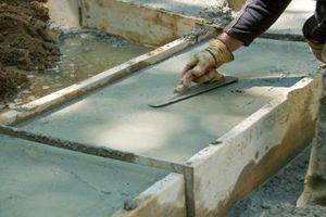 Hvordan til at hælde beton vindue brønde