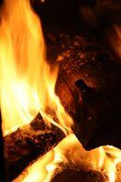 Føderale og statslige tilskud til brændefyret ovn Installation