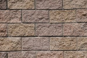 Hvordan at skære en slagge blok væg