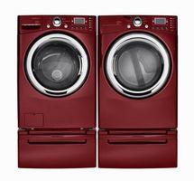 Min vaskemaskine gør en høj raslende lyd når det spinder