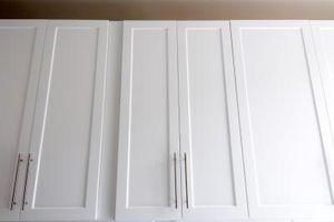 Hvordan skal gentegnes & pletten kabinetter
