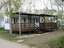 Hvordan opbygger jeg en overdækket veranda på en Mobile Home?