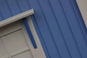 Hvordan at tilføje et tag Over en udvendig dør