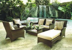 Hvordan du arrangerer udendørs møbler