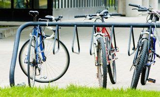Hvordan man kan male en cykel & anvende overføringsbilleder