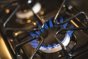 Hvordan at rengøre din tændsats på dit gaskomfur