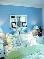 Hvordan man kan dekorere en blå soveværelse