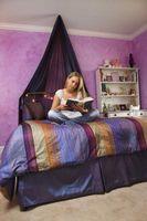 Dekorative ideer til et hovedgærde i et teenage piges værelse