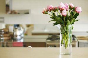 Hvordan man bevarer blomster i en Vase