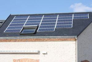 Hvordan du tilslutter solpaneler til et hus
