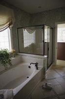Sådan tilføjes en flise brusebad hjørnehylde