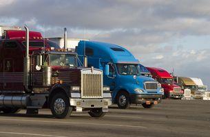 Hvordan til at konstruere en grus parkeringsplads til tunge lastbiler