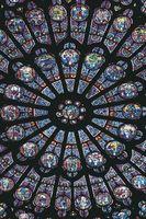 Om traditionelle glasmosaikker vindue mønstre