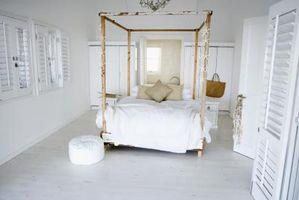Hvordan man laver Canopy Bed paneler