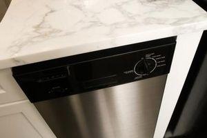 Sådan fjerner Mineral oprustning i en opvaskemaskine varmeelement