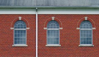 Trin & omkostninger at erstatte døre med vinduer